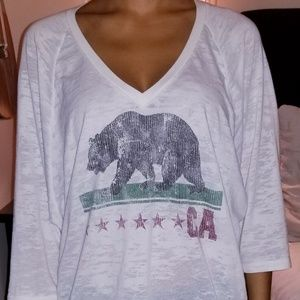 Light loose California v-neck