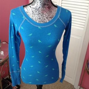 MOSSIMO BLUE THERMAL TOP XS NWOT
