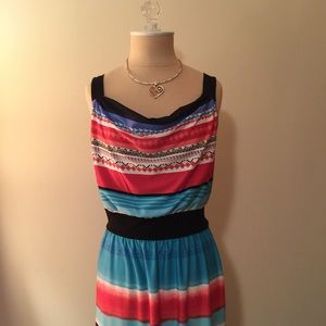 Cute and comfortable maxi dress in petite size!