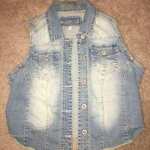 Woman's jean vest