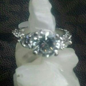 Sterling Silver 925 ring BEAUTIFUL
