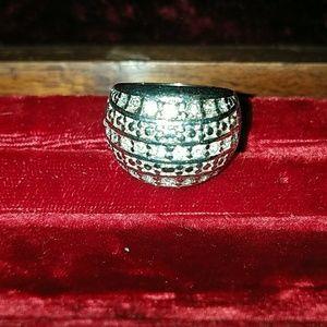 Premier designs crystal ring sz 8
