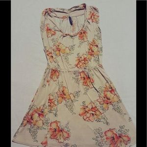 Free People Floral Dress 🌺 (XS)