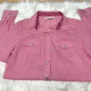 Old Navy Long sleeve snap button shirt