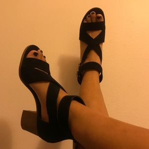 Melrose and Market Strappy Heels