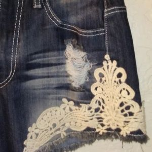 *CRAVE FAME-ALMOST FAMOUS*AMAZING CONDITION*SIZE:5