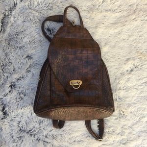 🍁FALL STYLE Vintage style brown pack back purse🍁