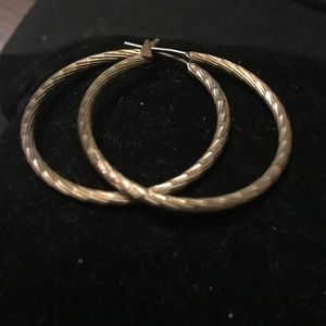 Gold plated diamond etched cut hoop earrings