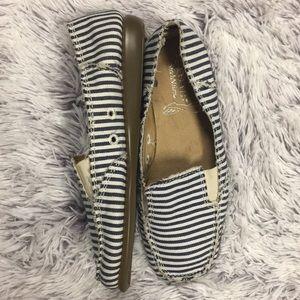 'NWOT Aerosoles Canvas Striped Slip On Shoes