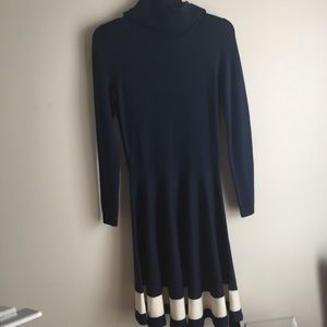 VINEYARD VINES: 100% wool cowl neck sweater dress