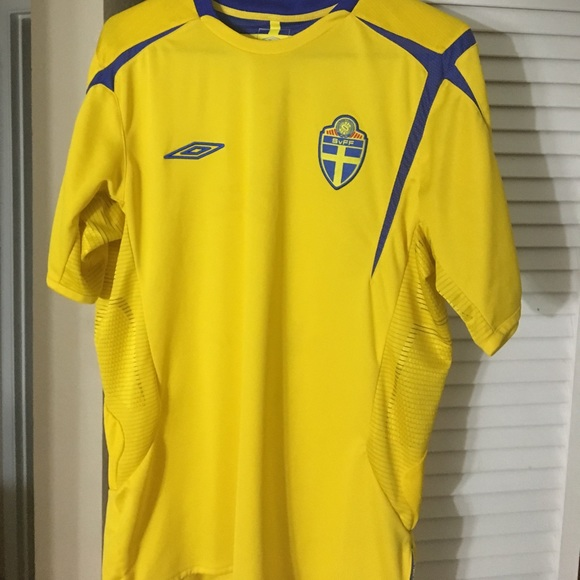 competitive price 20dcf 05f36 Swedish national team Euro 2005-06 jersey