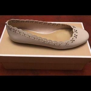 New Michael Kors Women's shoes size7