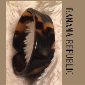 """🍂🍁TORTOISE SHELL Bracelet from """"Banana Republic"""""""