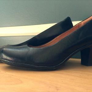 Sofft Size 7.5M Black Heels