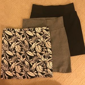 3 skirts - Size S - F21 + H&M