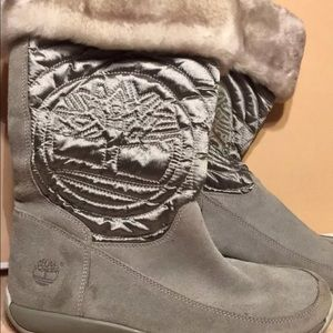 Timberland Hollyberry boots gray size 6