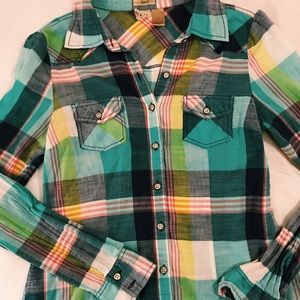 BKE fitted women's flannel