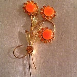 Jewelry - Absolutely gorgeous vintage brooch