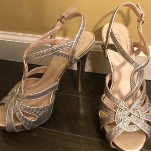 Guess size 8.5 silver heels