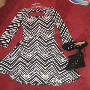 BNWT long sleeve flare dress
