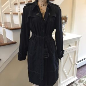 East 5th Ave stunning trench coat