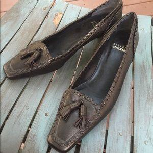 Women's Stuart Weitzman Bronze Leather Loafer 8.5M