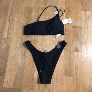 NWT Forever 21 Small One Shoulder Black Bikini