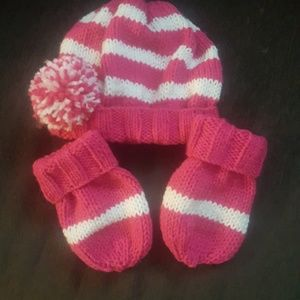 Other - Hand knitted virls hat and mitten set