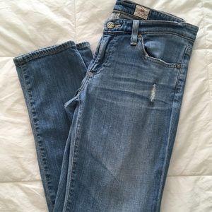 AG stilt crop cigarette jean