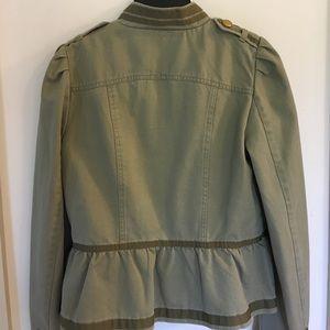 Ruffled waist green jacket