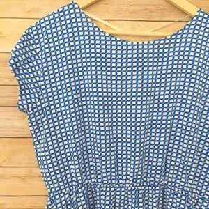GAP blue and white pattern pocket dress