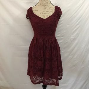 Hollister lace mini dress with cap sleeves
