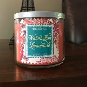"Bath and Body works candle ""watermelon lemonade"""