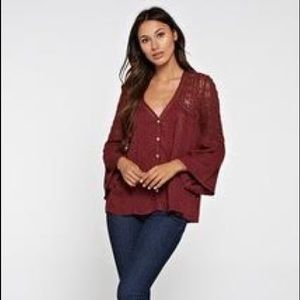 Gorgeous Peasant Top With Lace Detail