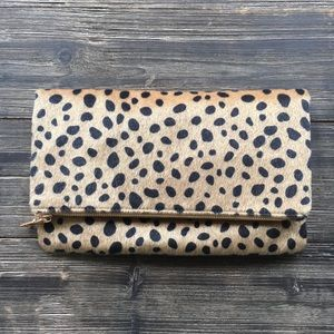 Handbags - Leopard Clutch