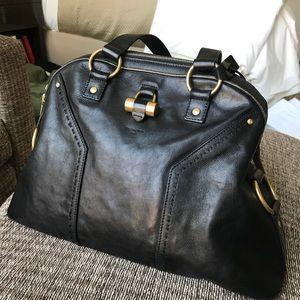 Black leather Yves Saint Laurent Muse bag