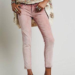 Free People Roller Crop Jean Rose color Size 25
