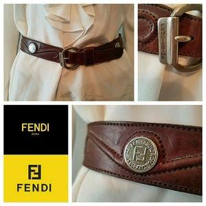Aurhentic Vintage 90s FENDI FF Scroll Belt