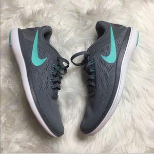 Nike Flex Women Sneakers 6