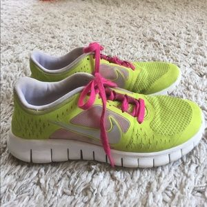 Nike Free Run 3 Lime Green and Pink size youth 5