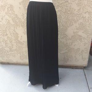 Michael Kors Long Pleated Skirt-S