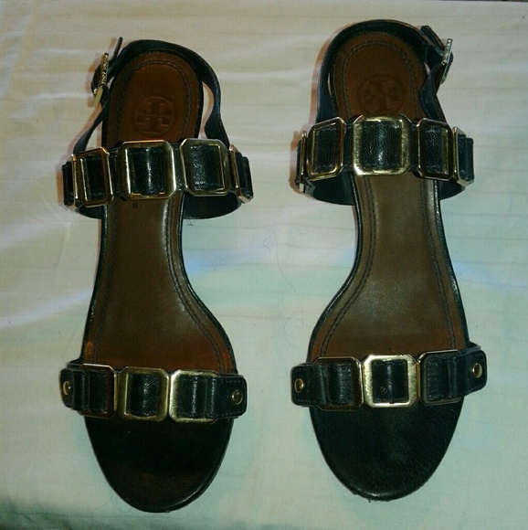 1fd01bca93edfd Authentic Tory Burch Sandals Sale Firm. M 59c92f71a88e7df672077227. Other  Shoes you may like