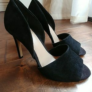 Vince Camuto open toes pumps