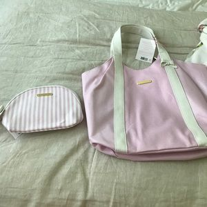 Juicy couture tote and cosmetic bag set