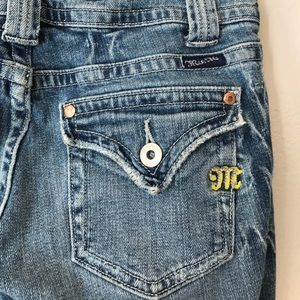 EUC Miss Me Lightly Distressed Cropped Jeans