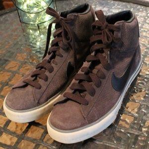 Nike High-top Sneakers