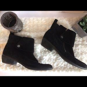 Nine West black suede ankle boots, sz 6 1/2