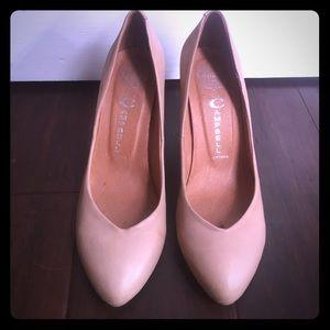 Jeffrey Campbell limited edition lamb skin heels