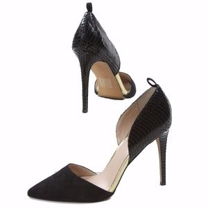 Bebe Lizbeth High Heel Black And Gold NIB Size 10