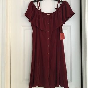 Off the shoulder burgundy dress NWT, XL